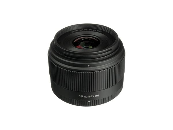 Sigma 19mm f/2.8 EX DN (E-Mount + Micro 4/3)